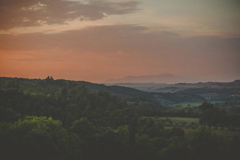 A sunset landscape at at Villa Di Ulignano
