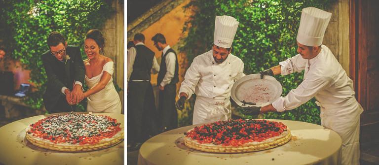 The Italian chefs make the wedding cake